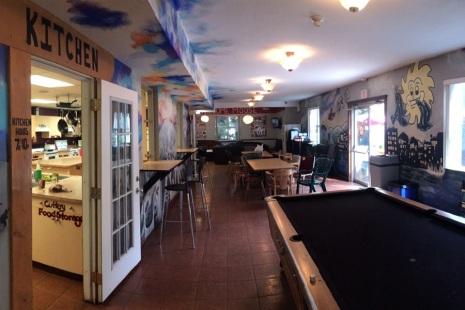 Samesun Dining Area